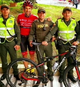 Profi Daniel Gathof vom Team Canturion Vaude mit der ROTOR INpower Rex in Kolumbien