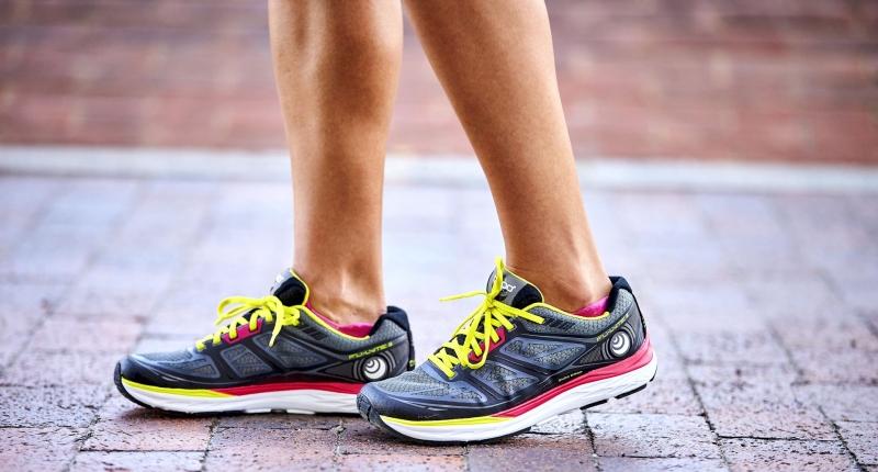 Topo Athletic - Natural Running und Sprengung